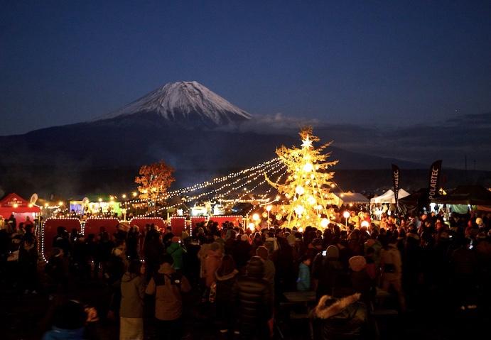 過酷だけど楽しみも満載!クリスマスキャンプは夜が本番!?