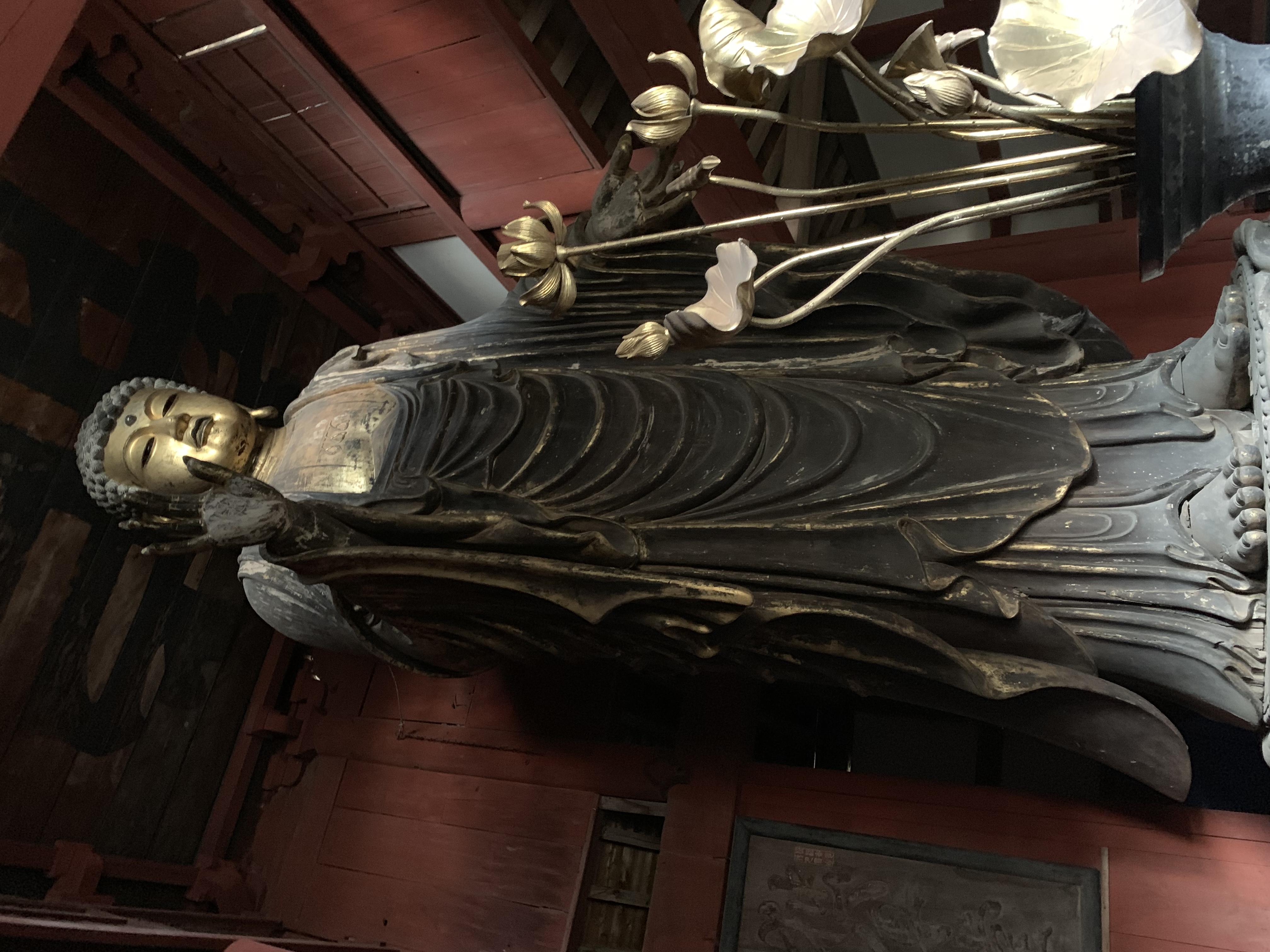 妙伝寺の木造釈迦如来立像 【厚木市】