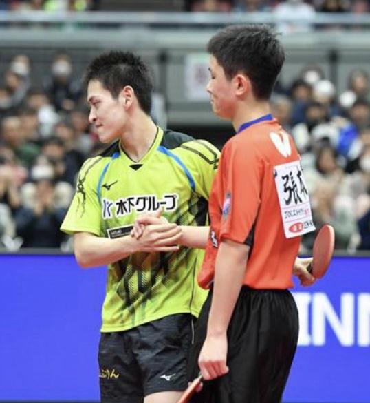 張本智和 全日本連覇ならず「苦しくて怖い大会だった」フルゲームで準決勝敗退