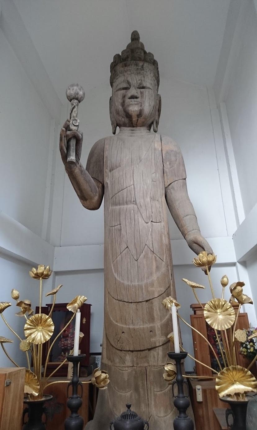 十一面観音菩薩立像(立木観音) (平安時代)ヒノキ材寄木造 像高597cm 県指定文化財