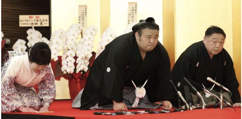 新大関・貴景勝が誕生、伝達式で決意表明
