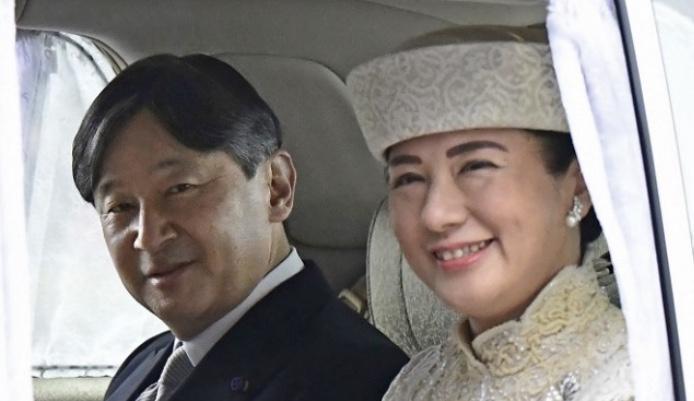 新天皇陛下が皇太子から即位、令和に改元
