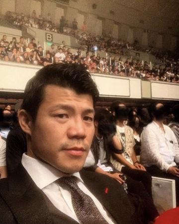 亀田興毅氏、那須川天心に宣戦布告「ボクシングの厳しさを教えてあげよう」22日に対戦
