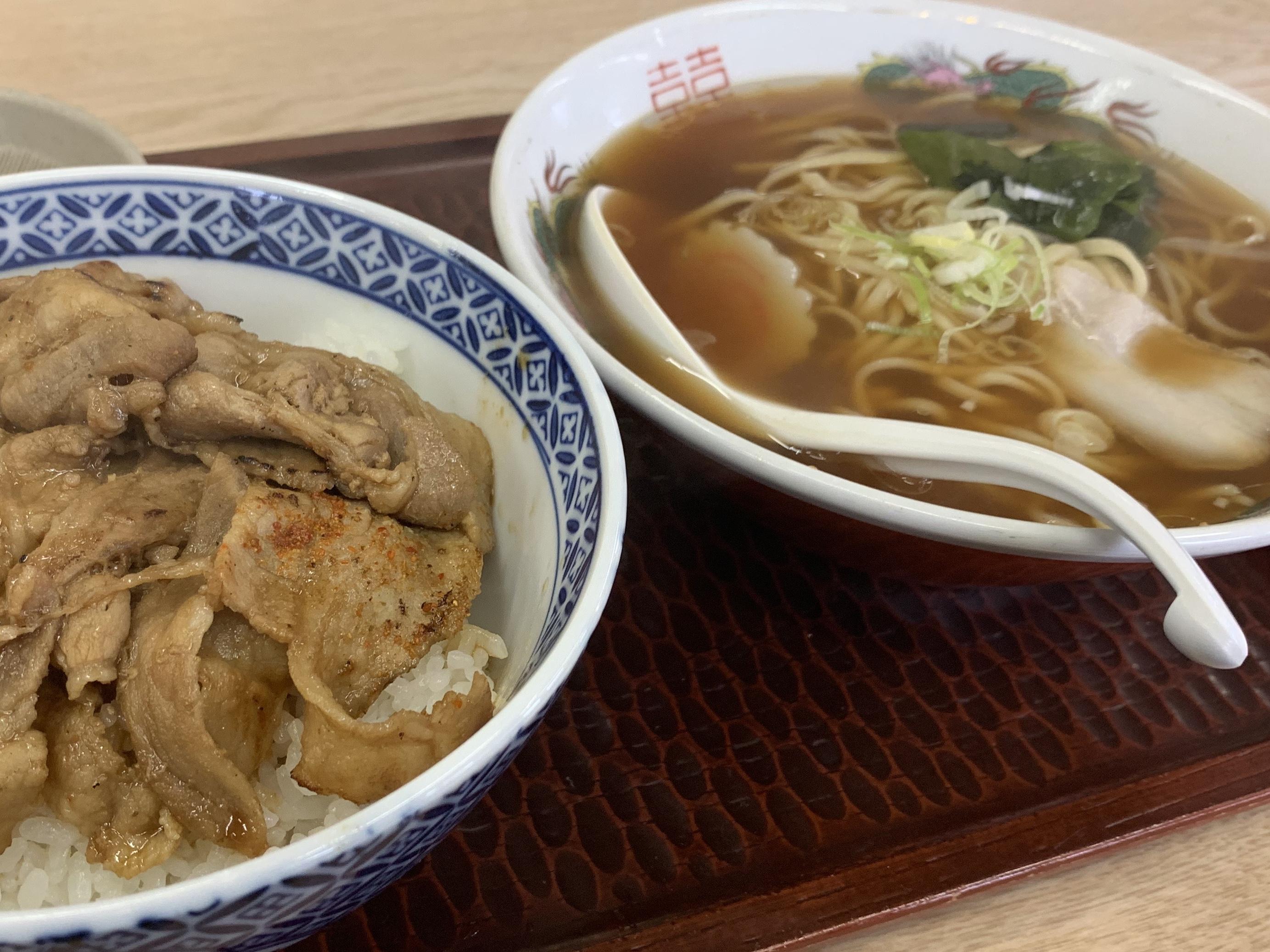 カルビー丼ラーメンセット…