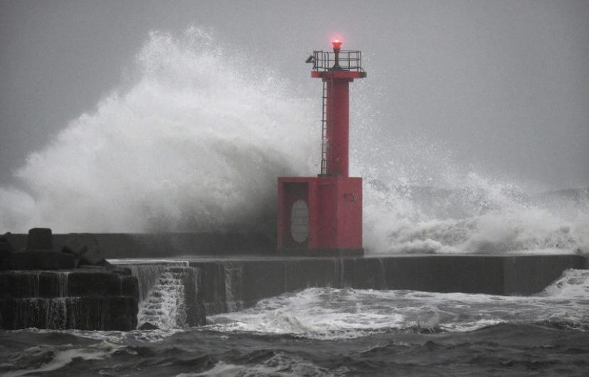 群馬、埼玉、東京、神奈川、山梨、長野、静岡に大雨特別警報 最大級の警戒呼び掛け