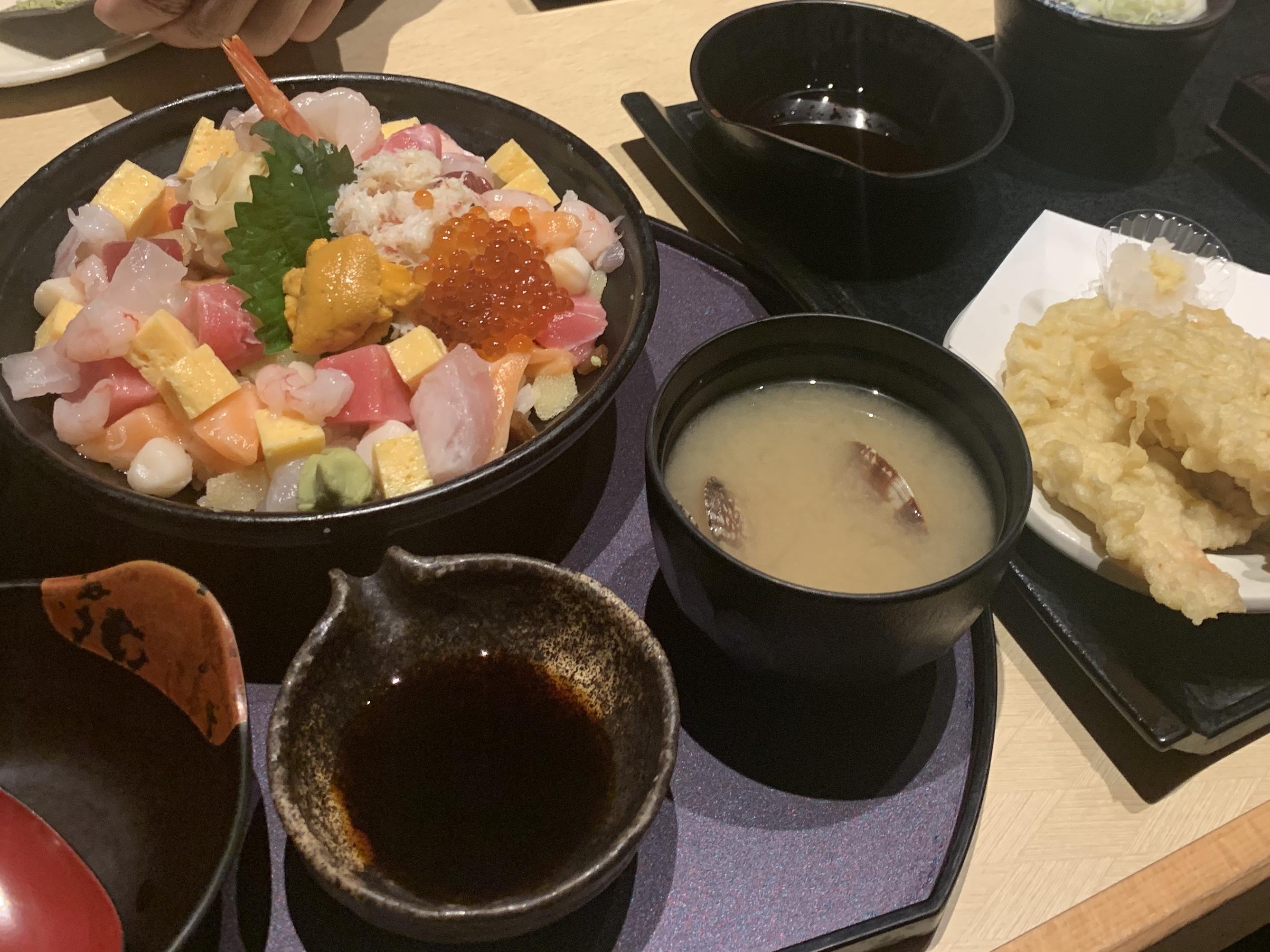 海鮮丼天ぷら…