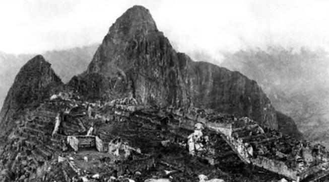 世界遺産、マチュピチュが発見されて初めて撮影された写真